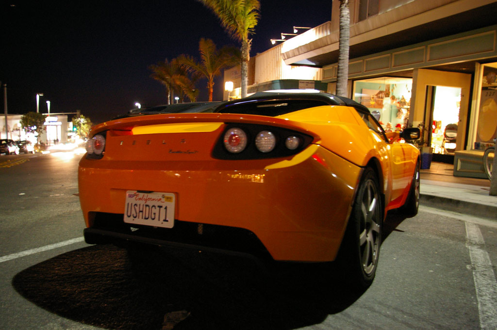 Tesla Roadster chillin