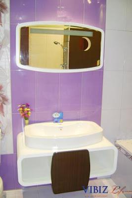 Interior design kids bathroom