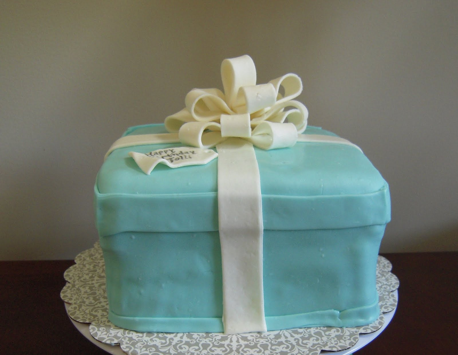 Icing Makes The Cake Tiffany Co Cake