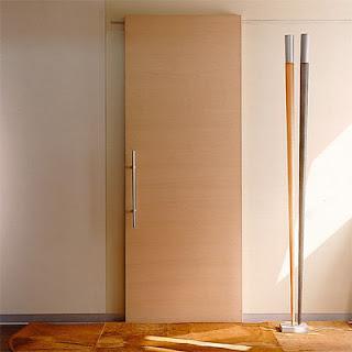 Puertas correderas y plegables portones puertas de madera for Puerta corrediza de madera
