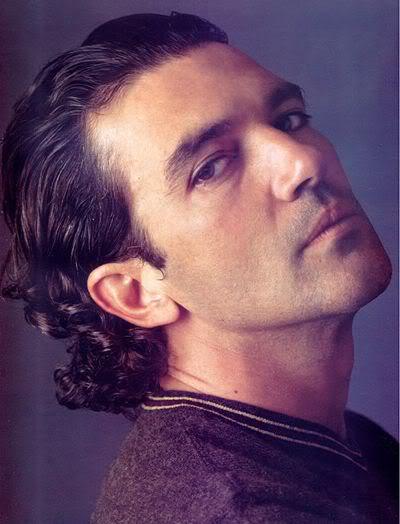 Antonio banderas hair