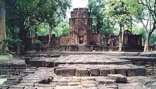 Wat Thai Temple: Prasat Muang Singh Historical Park ...