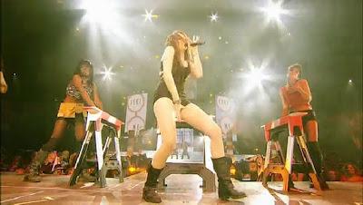 http://2.bp.blogspot.com/_apq542K65Hg/TSY90any6CI/AAAAAAAAAU4/iFxiaE_8u2M/s1600/Miley_Cyrus_nungging.jpg2.jpg