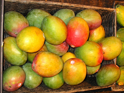 http://2.bp.blogspot.com/_aqXyJLhKZE4/SPyvoNfnv6I/AAAAAAAAAP4/T8ijcwROx3s/s400/mango.jpg