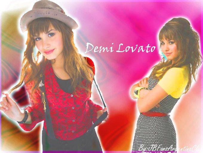 [Demi+Lovato]