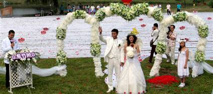 The World Longest Bridal Train