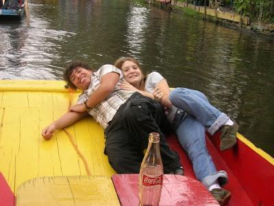 Un an au mexique mariage xochimilco for Xochimilco jardin flottant