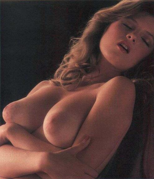 nude photos of traci lord