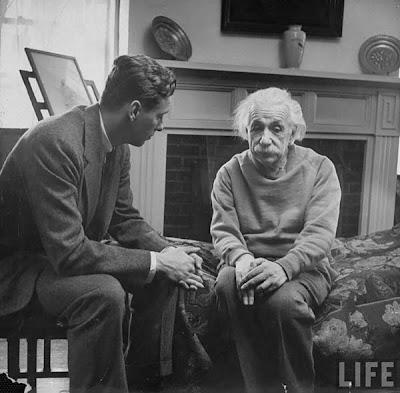 Einstein et son thérapeute Albert+Einstein-rare-pics20