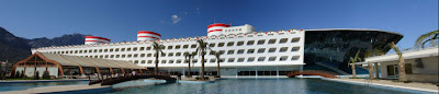 queen elisabeth 2 hotel in Dubai