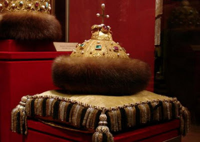 Pictures of Royal Crowns and tiaras