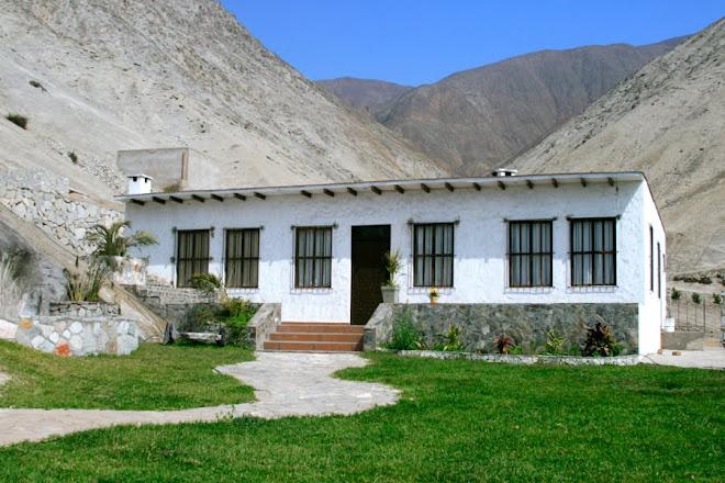Casa en Condominio La Raya, faldas del Cerro