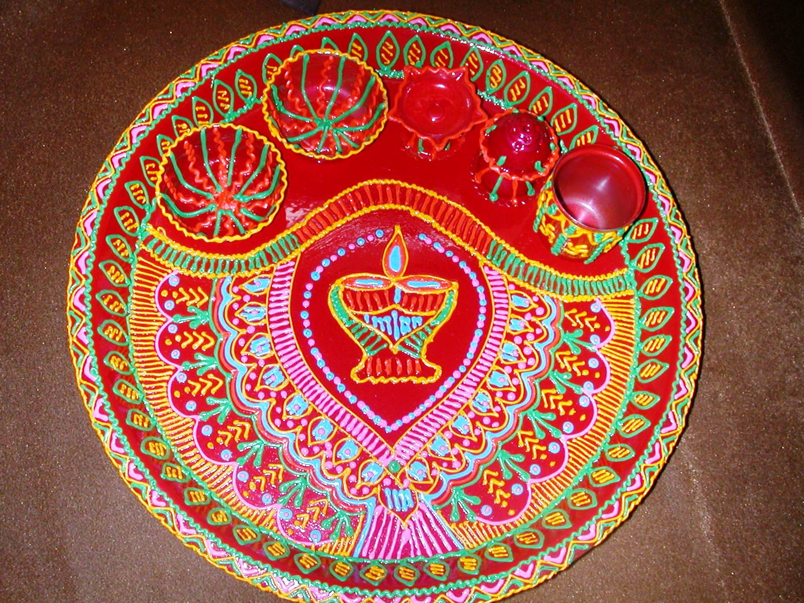 Alankarik puja aarti thalis for Aarti thali decoration pictures