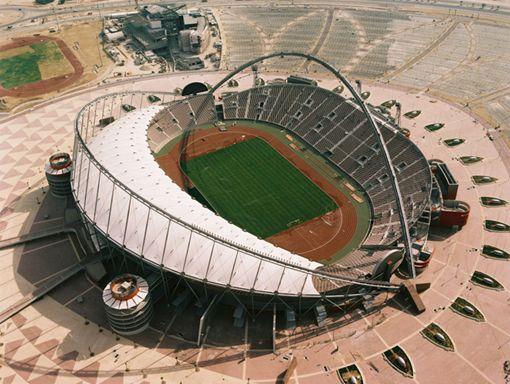 http://2.bp.blogspot.com/_azSJKmOYRko/TSc-MXo9eRI/AAAAAAAAAKQ/W7xymeUilFM/s1600/Khalifa+International+Stadium+in+Doha+%2528Qatar%2529.jpg