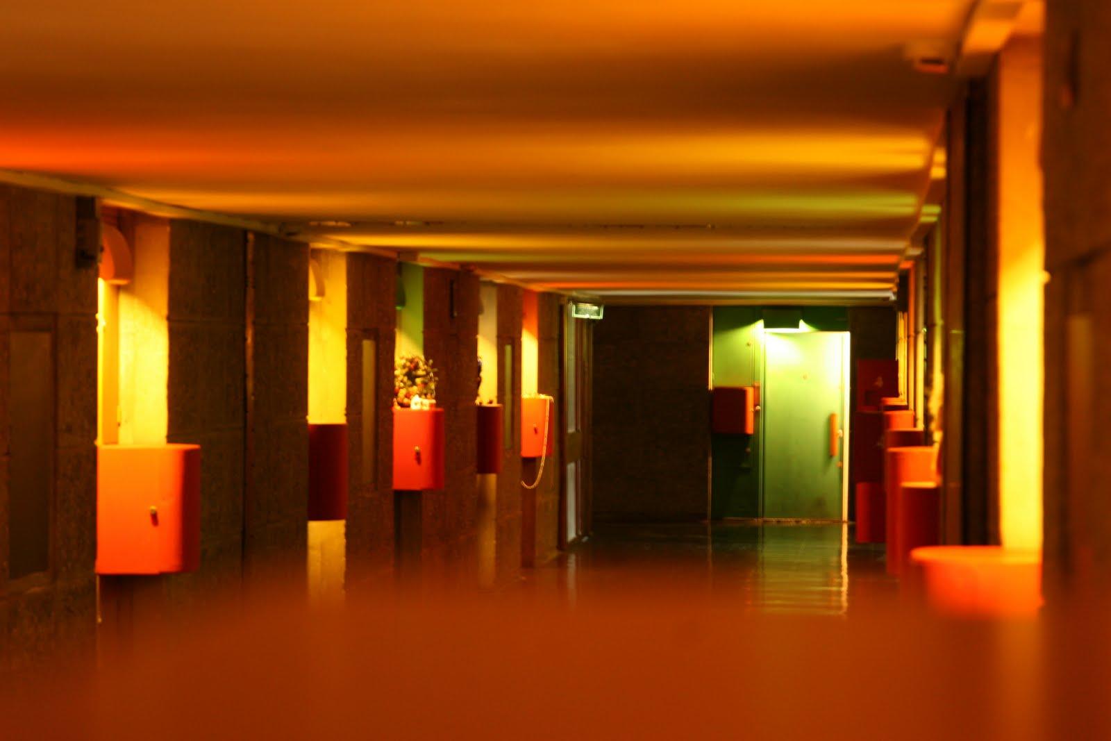 mjc 39 est voir cit radieuse by lecorbusier marseille. Black Bedroom Furniture Sets. Home Design Ideas
