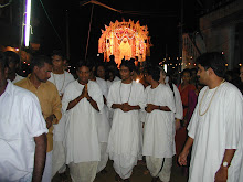 Monks and Original Sri Murthi