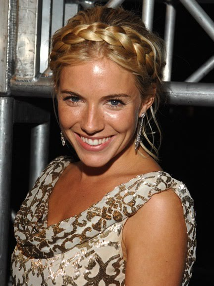 Sienna Miller Natural Hair Color