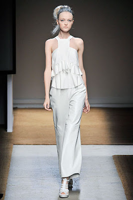 white trousers, ruffle top, yves st laurent spring summer 2010 collection