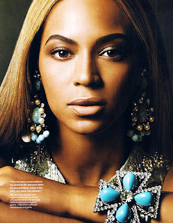chunky jewellery worn by Beyonce, chunky bracelet, chunky earrings