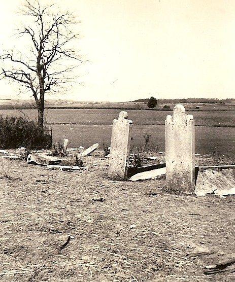 John Strode Lander & Elizabeth Haggard Lander graves