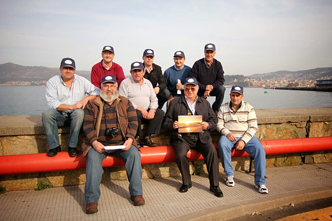 Os Cruceiros - Grupo De Gaitas Os Cruceiros