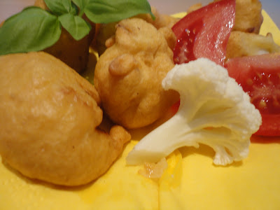 Kalafiorowe kuleczki - kalafior jest jednak jadalny:)