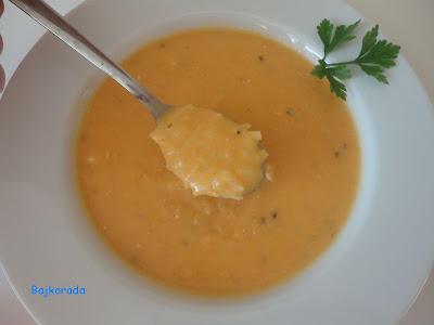 Zupa marchewkowo-ziemniaczana z serkiem