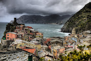 Lovely pics. of Cinque Terre and a magical rainbow in Florence (cinquehdr small)