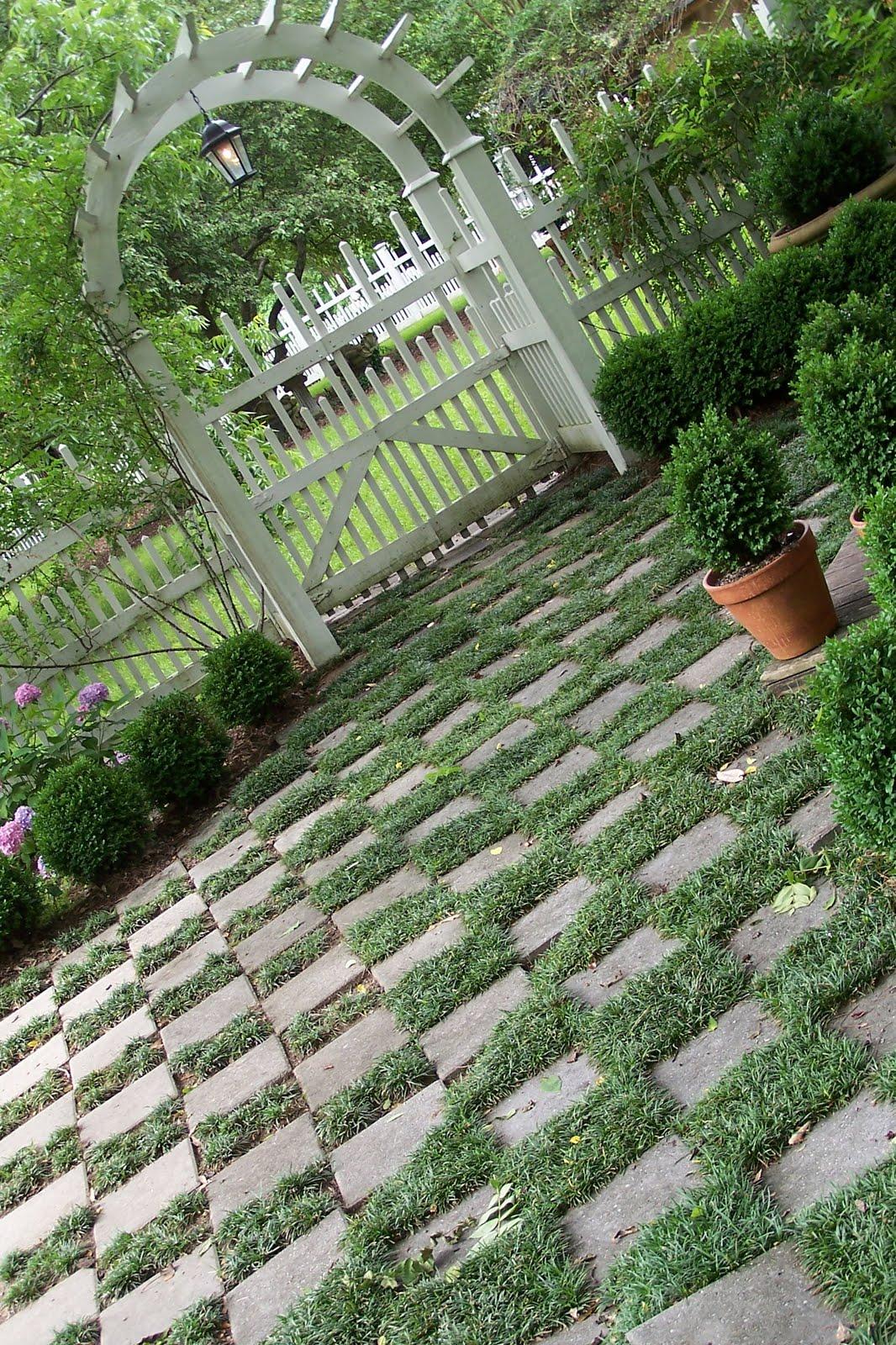 Tara dillard checkerboard flooring for Checkerboard garden designs