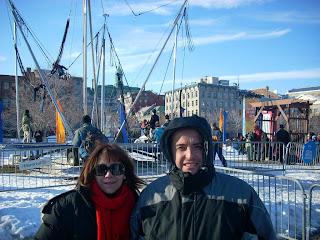 Moni y Marce en el predio del Festival