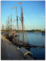 Los barcos amarrados al muelle