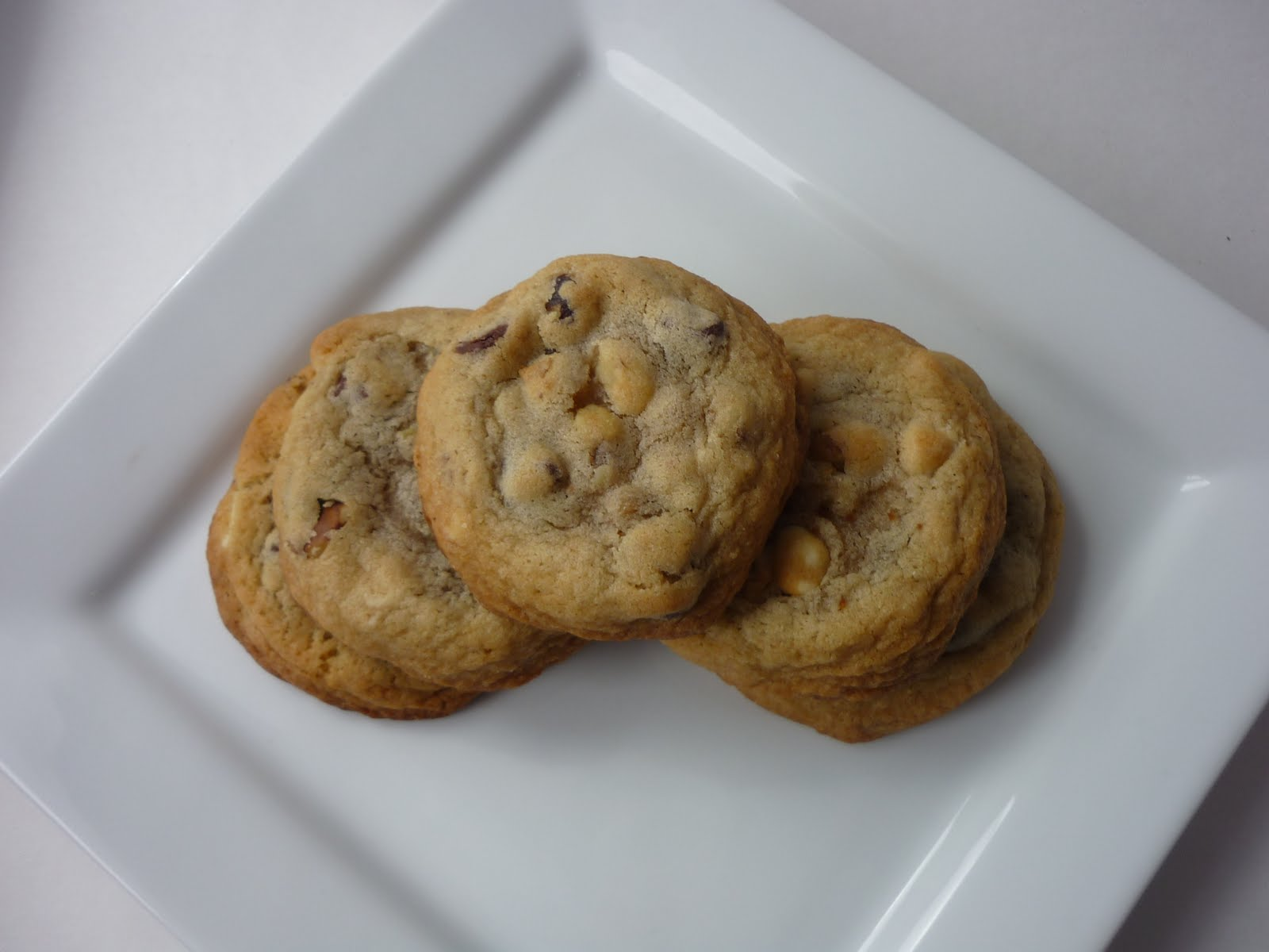 All Betz Off: Original Nestle Toll House Chocolate Chip Cookies