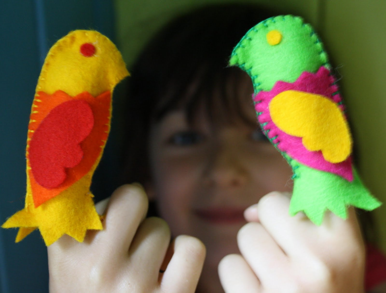 Twig And Toadstool Fabulous Finger Puppets With Theatre