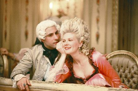 http://2.bp.blogspot.com/_bBJV37T1CmE/TQddSYkc0XI/AAAAAAAAEsM/vi3VdL2I3b4/s1600/Marie-Antoinette-movie-04.jpg