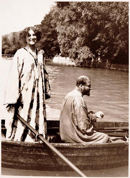 Gustav Klimt and his lover Emilie Floge in a row boat