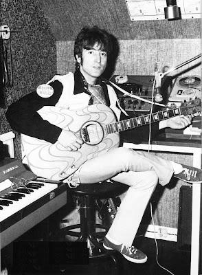 john lennons psychedelic guitar john lennons gibson