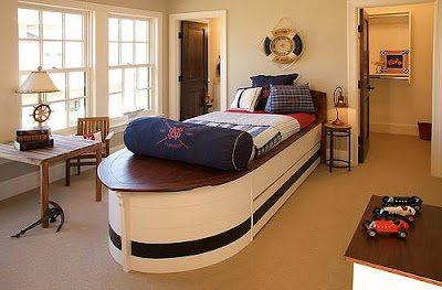 nautical-decor-boys-room.jpg