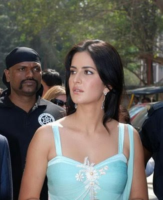 Katrina Kaif Secret Visit To Haridwar