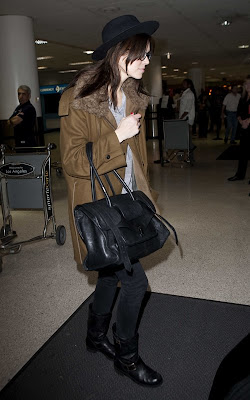 Mandy Moore arriving into LAX Airport