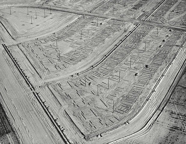 britt salvesen new topographics essay I t is 35 years since the term new topographics was coined by william jenkins, curator of a group show of american landscape photography held at george eastman house in rochester, new york the.