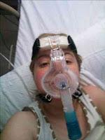 http://2.bp.blogspot.com/_bDslGFTUkvg/SrYnaB5x98I/AAAAAAAAAO0/eUo4roWqNtw/s200/Jess+in+hospital+today.jpg