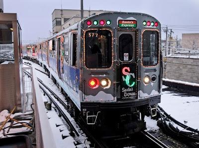ctas holiday train pulls into the howard st station - Cta Christmas Train 2014