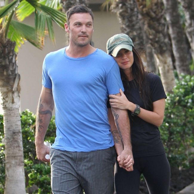 Gumgem Fun Forever Megan Fox showing off Her Wedding Ring in Hawaii