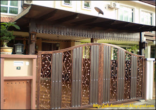 Pintu pagar wrought iron + kayu (resak)