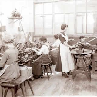 an analysis of the womens condition in the workplace during reconstruction in 1900 The university of north carolina at chapel hill,  contradicting a widespread view that jewish settlement in the region declined during that period.