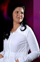 Cantora Gil Costa