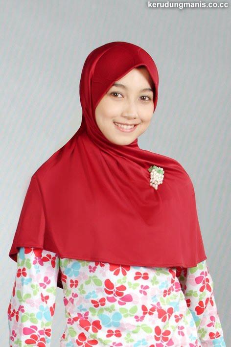 Jilbab Merah Hati