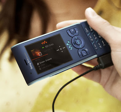 New Sony Ericsson W595 Walkman Phone