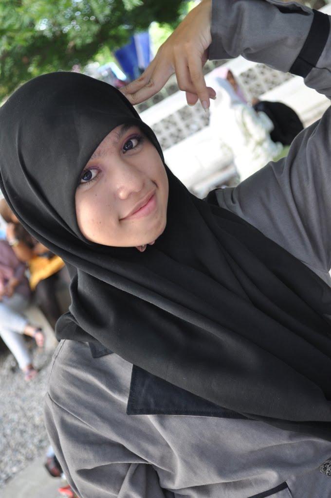 Cara+memakai+jilbab+pesta