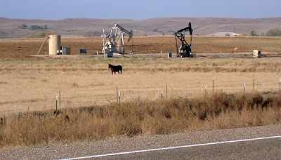 oil drilling rigs, ND